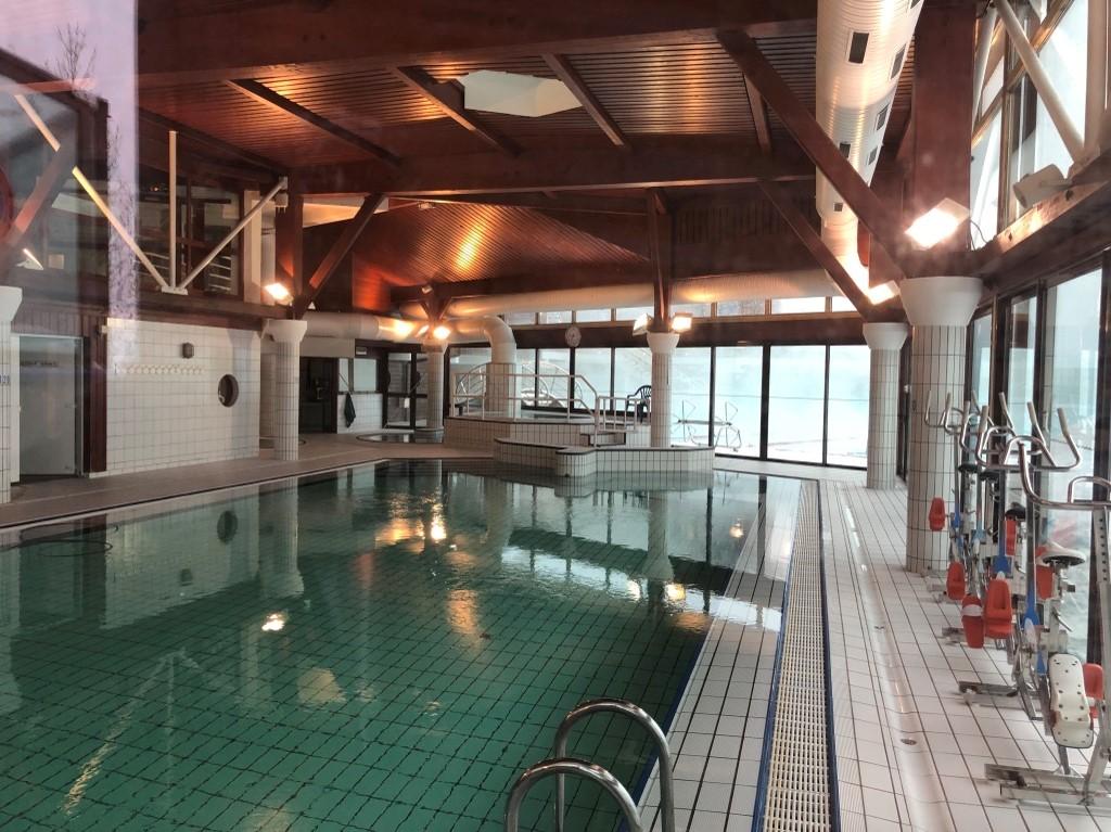 piscine-clusaz-intérieur